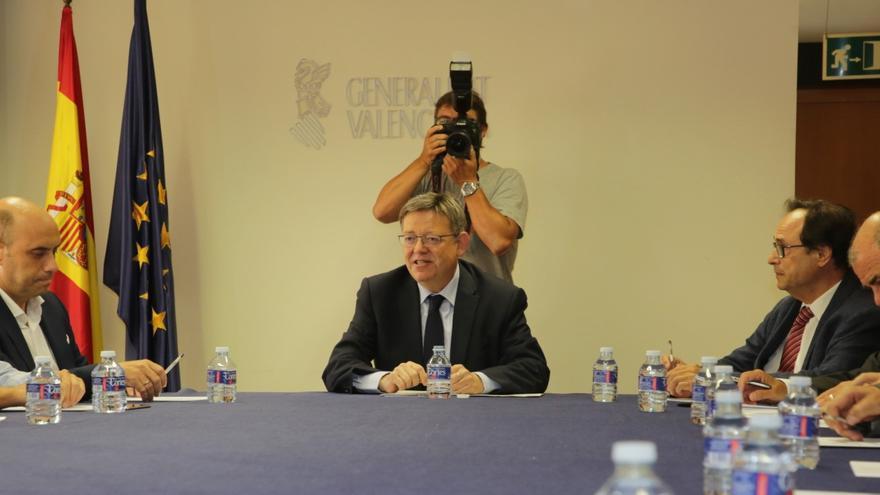 El president Ximo Puig junto al alcalde de Alicante, Gabriel Echávarri, y el conseller Vicent Soler