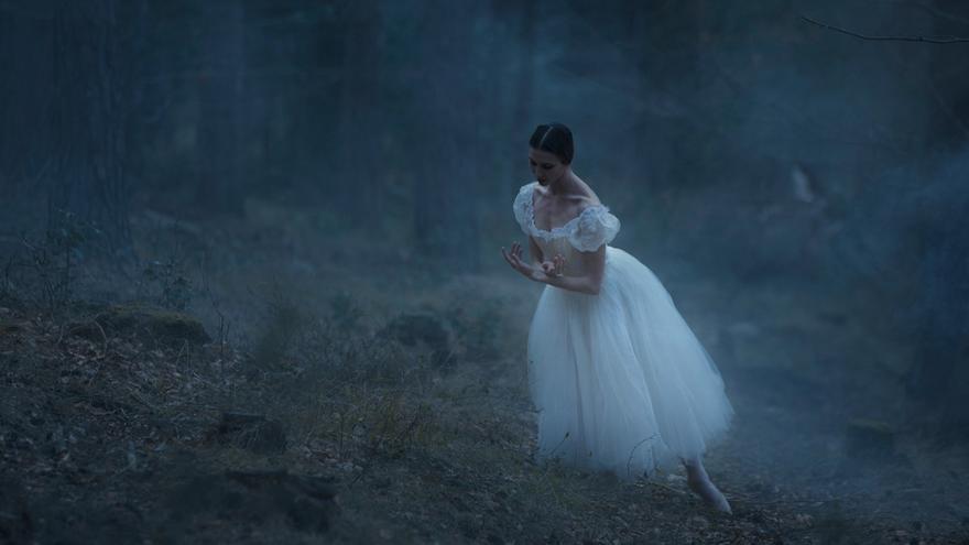 Una 'Giselle' pasada por el romanticismo español y con un desenlace diferente
