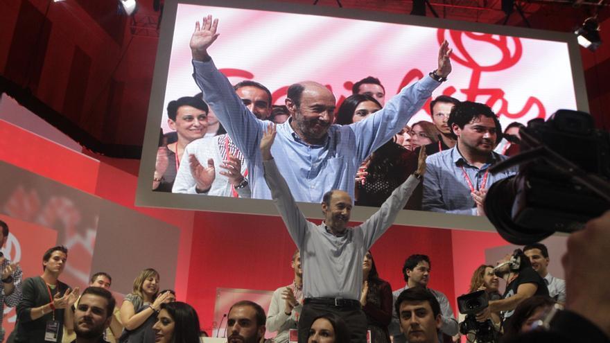 """Rubalcaba cree que en la Conferencia Política se ha dado un """"paso importante"""" para recuperar la confianza de la sociedad"""