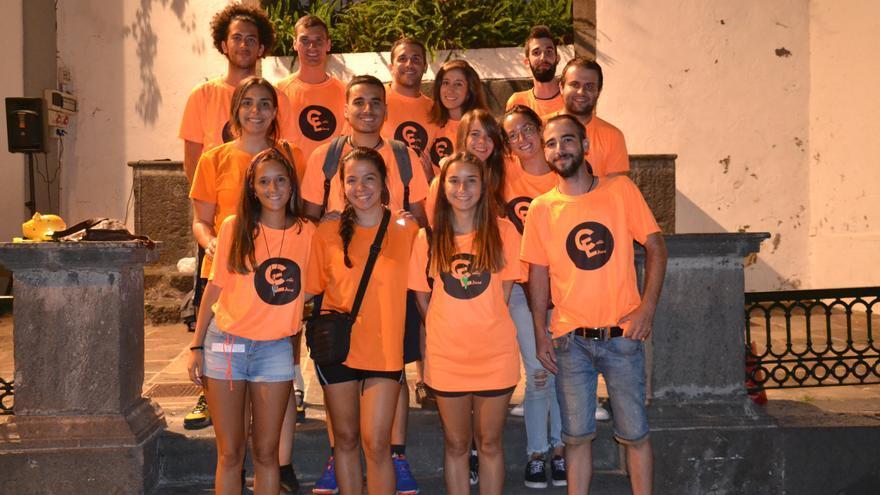 En la imagen, los jóvenes que integran la Asociación La Calleduca.