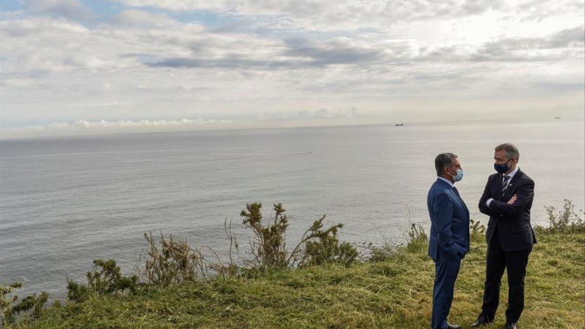 Revilla y Urkullu, en el final del primer estado de alarma en la frontera entre Cantabria y Euskadi