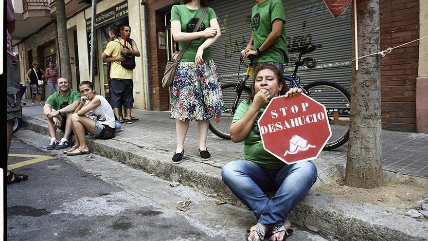 La plataforma viene parando desahucios desde noviembre del 2010. (Carmen Secanella)