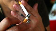 Uno de cada tres adultos jóvenes puede enfrentarse a una forma grave de COVID-19 y el tabaco tiene mucho que ver