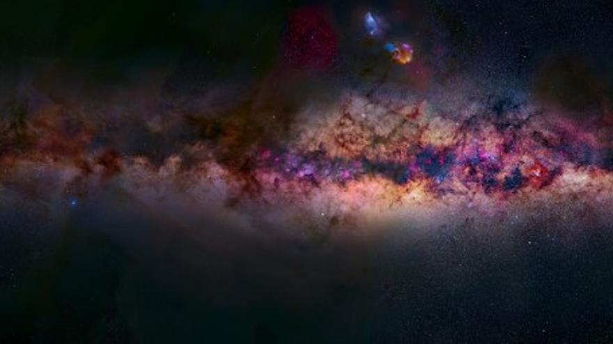 Panorámica de la Vía Láctea vista desde el Hemisferio Norte. Crédito: J. C. Casado, Miquel Serra-Ricart y D. Padrón/IAC. Gigapan: http://gigapan.com/gigapans/215143