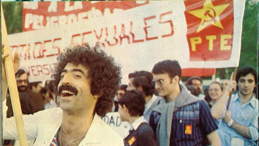 Manifestación del orgullo de Madrid. 1978. Primer Orgullo de Madrid / Julia Salido (FELGTB)