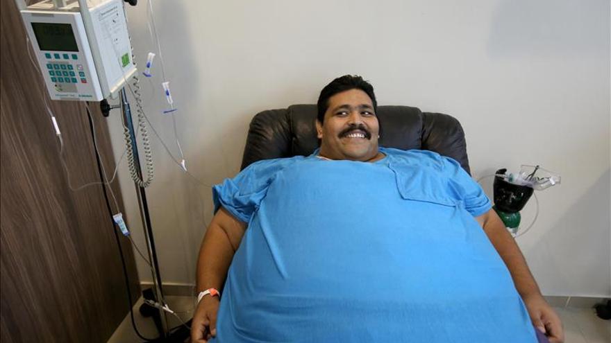 El hombre más obeso del mundo está fuera de peligro tras cirugía de urgencia