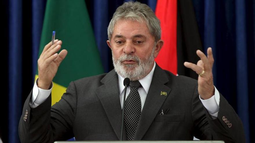 Lula califica de inaceptable que el país dependa de los delatores del caso Petrobras
