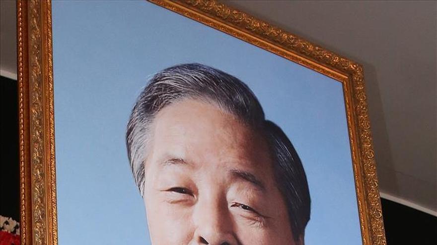 Corea del Sur homenajea al expresidente Kim Young-sam con un funeral de Estado