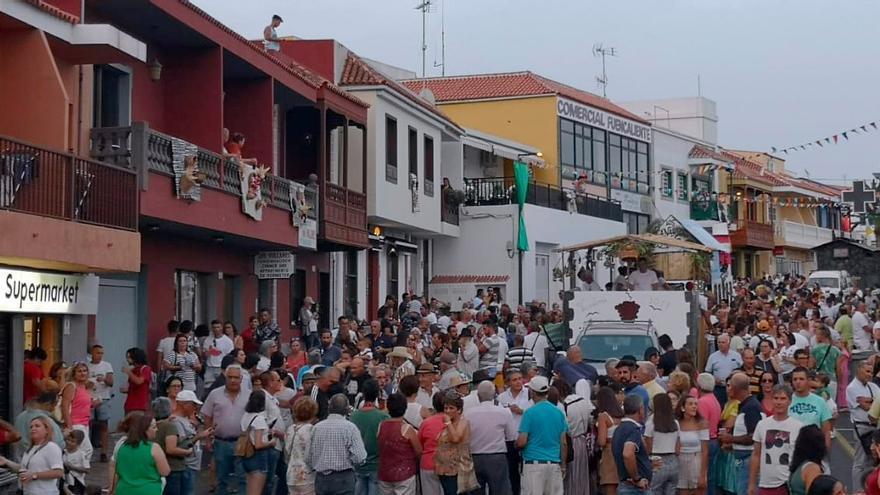 Carrozas en la Fiesta de La Vendimia.