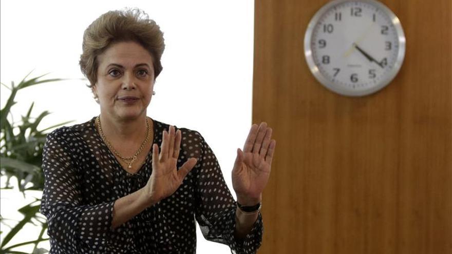 Rousseff cancela su viaje a Vietnam y Japón por la crisis política y económica