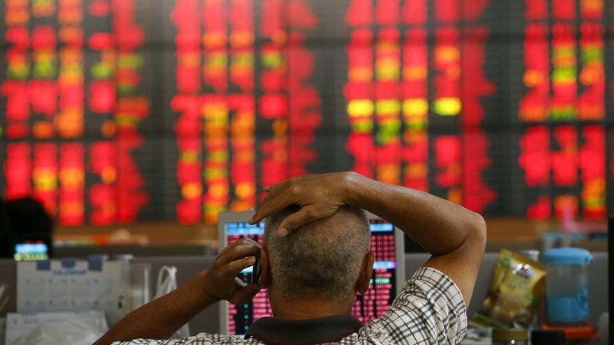 La mayoría de bolsas del Sudeste Asiático cierra la semana con pérdidas