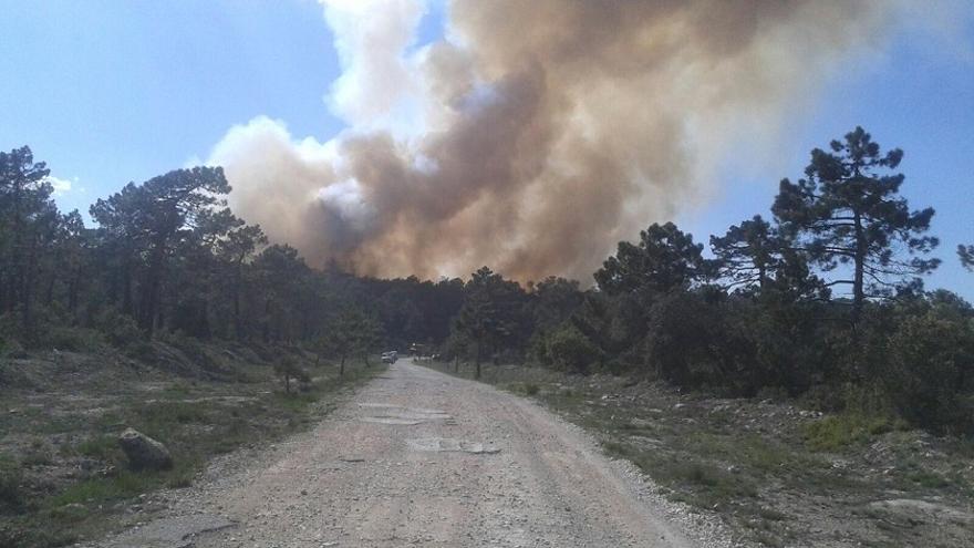 Imagen del incendio declarado en Enguera