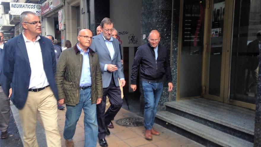 Rajoy se da un baño de 'ourensanía' al lado de Baltar, al que elogia y garantiza la continuidad de las diputaciones
