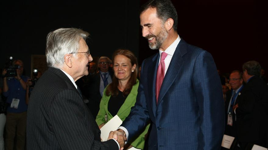 """Trichet dice que el nuevo programa de compra de deuda del BCE está """"en línea con la gravedad de la situación"""""""