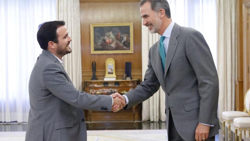 """IU reprocha al PSOE que no negocie la investidura de Sánchez y teme un """"chantaje"""", pero avisa que su apoyo no es gratis"""