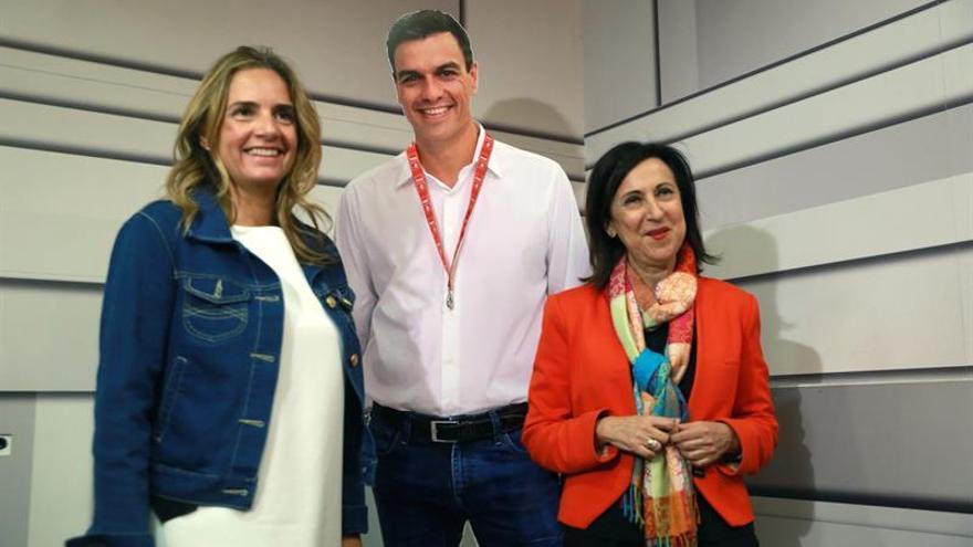 Robles: Sánchez no apoya mociones de Podemos, sino sus propias convicciones