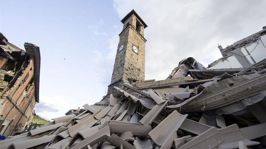 Al menos 19 muertos tras el terremoto que ha sacudido el centro de Italia