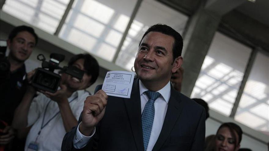 Morales afirma que la corrupción en Guatemala ha ayudado en su victoria