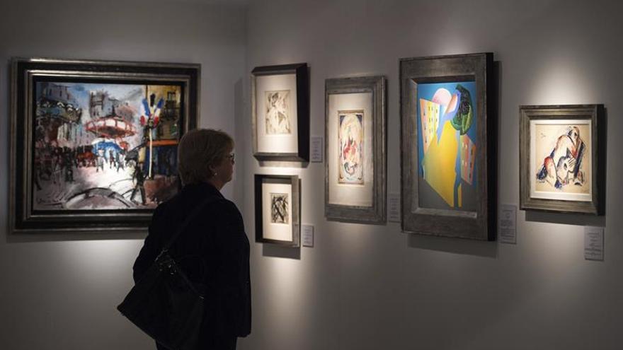 Resultado de imagen de Marchantes ganan terreno a subastas en 2016, en un mercado de arte estable