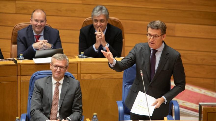 Feijóo durante la sesión de control de este miércoles en el Parlamento de Galicia