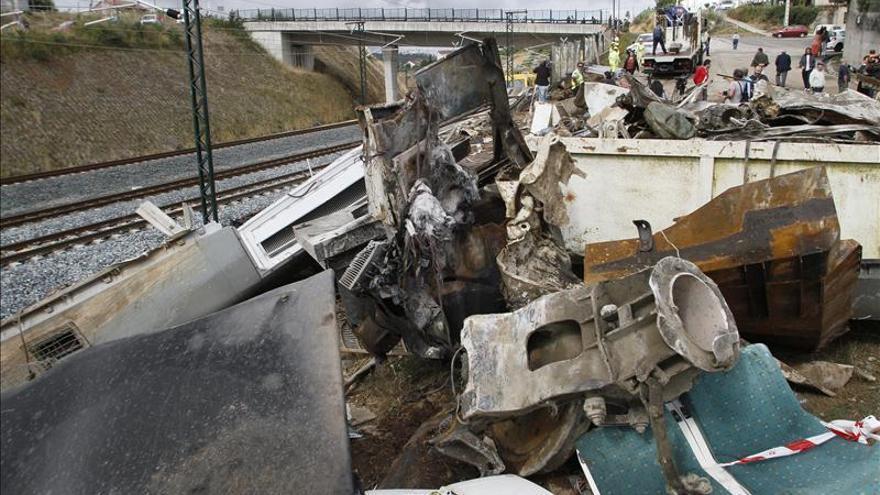 Psicólogos de emergencias reciben distinciones por su trabajo en el accidente del Alvia