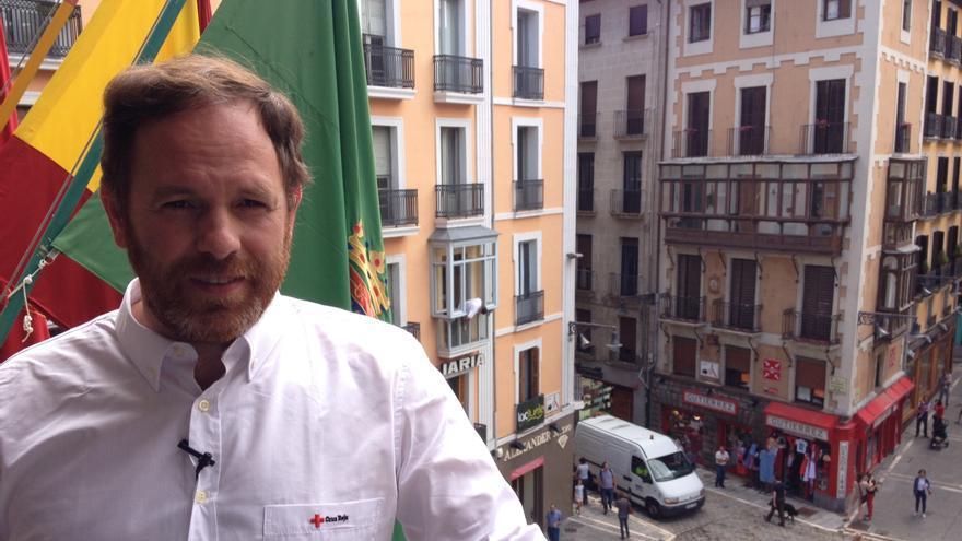 Mikel Martínez es voluntario y preside el comité local de Pamplona de Cruz Roja.