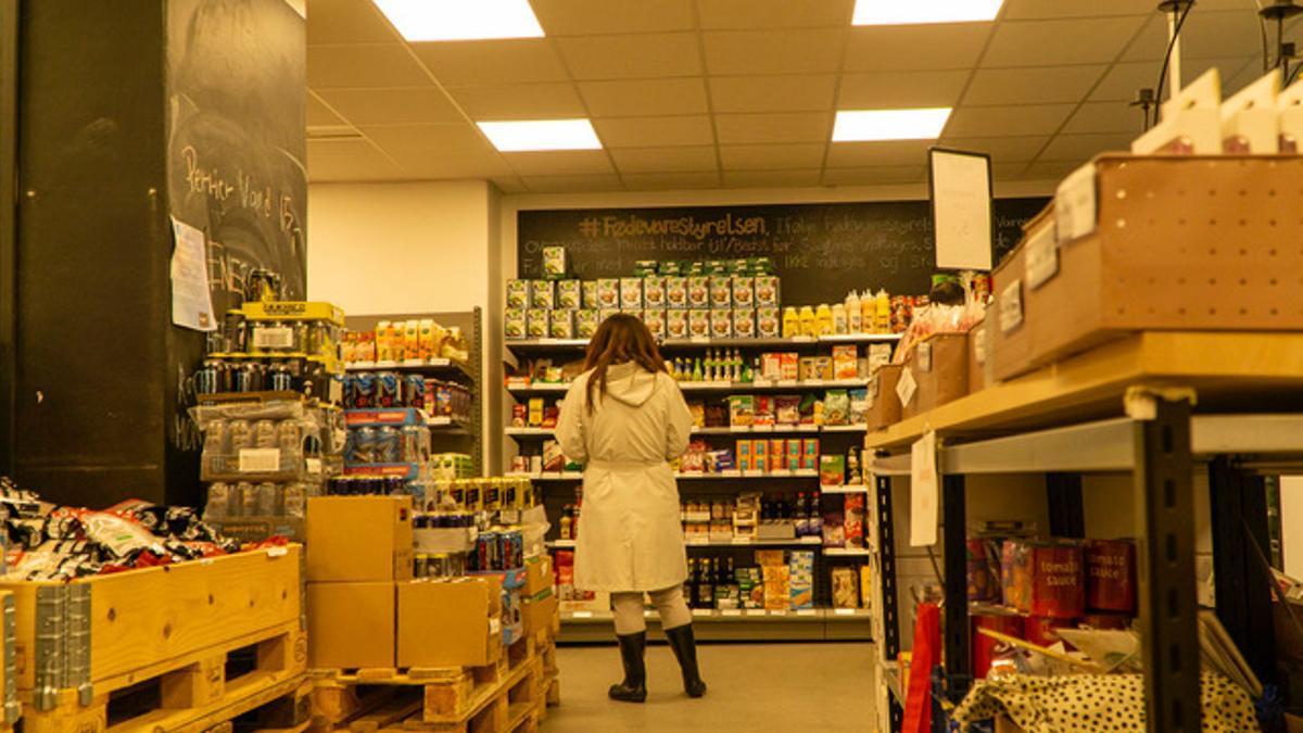 En el último año, en las tiendas Wefood que hay repartidas por las principales ciudades de Dinamarca, se han vendido 238 toneladas de alimentos que de otra forma hubieran sido desperdiciados en los contenedores