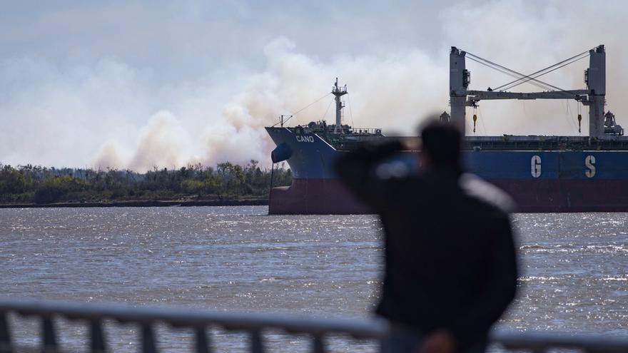 Argentina impone a buques y armadores paraguayos un permiso especial de carga