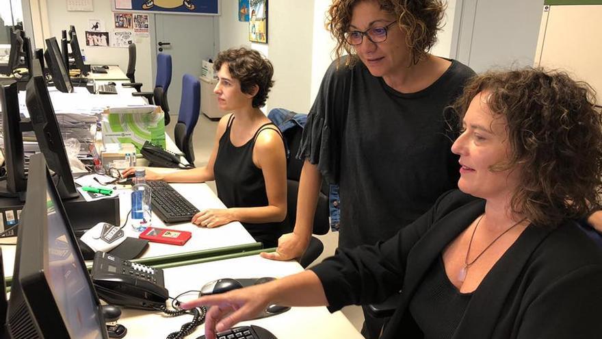 Trabajadoras de producción y redacción de programas de la TVG, en el octavo viernes negro