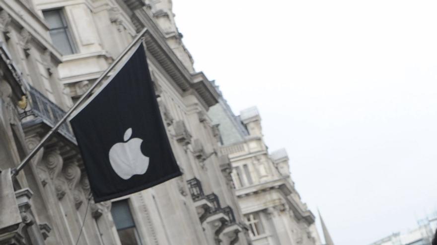 Entusiasmo en el primer día de venta del iPhone 5 en Londres