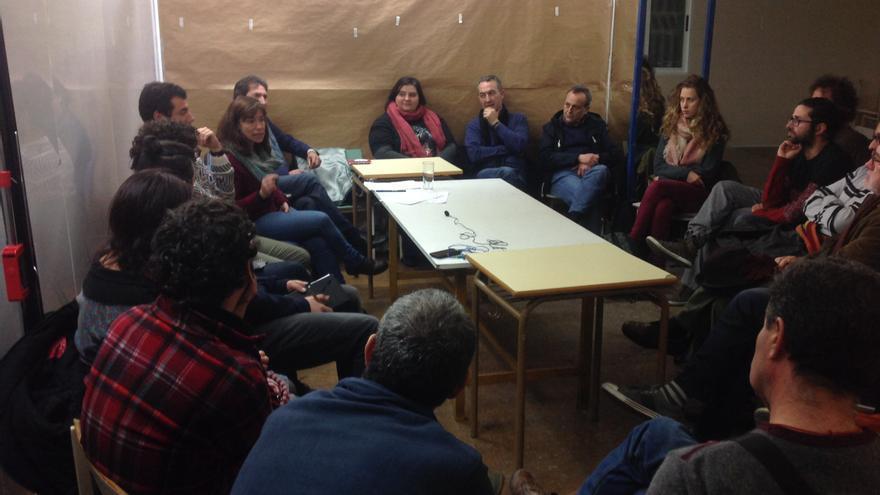 Tertulia en la sede de Ecologistas en Acción