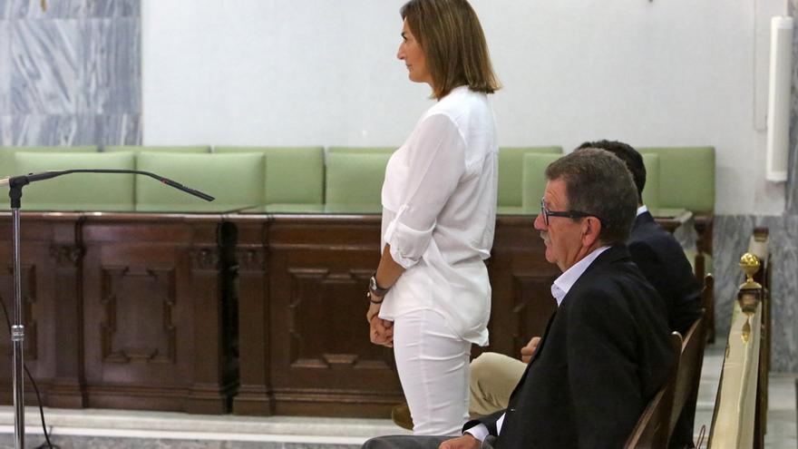 Santiago Santana y Águeda Montelongo en el juicio del caso Patronato (ALEJANDRO RAMOS)