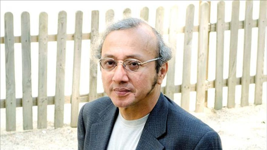 """Mario Campaña dice que """"la literatura maldita es una crítica radical a la modernidad"""""""