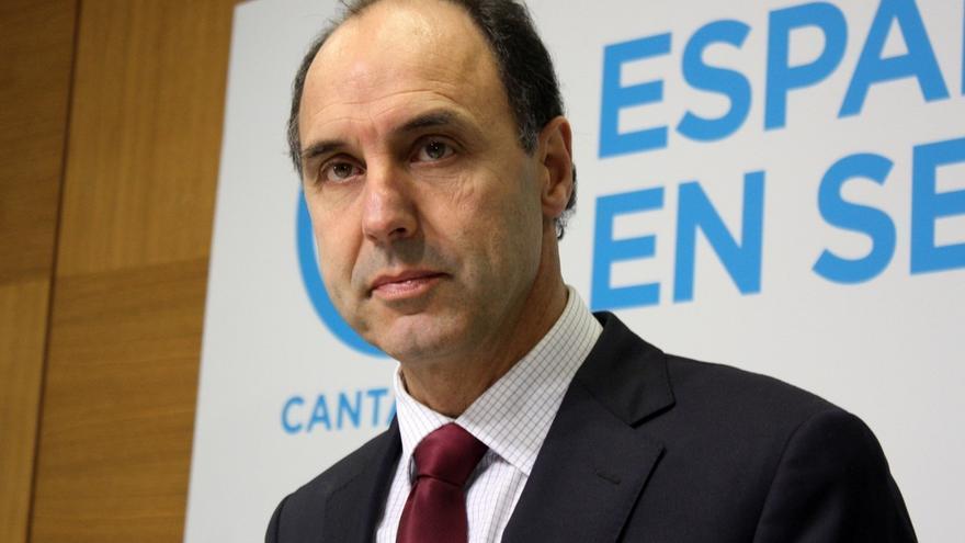 """Diego (PP) achaca el descenso de Podemos y C's al """"divismo"""" de sus líderes"""