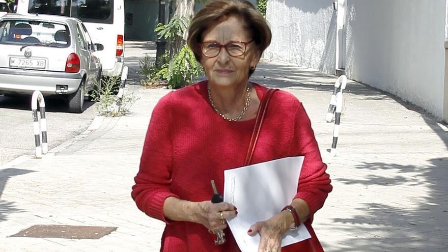 Muere Elena Arnedo, exconcejal del PSOE en el Ayuntamiento de Madrid y primera mujer de Miguel Boyer