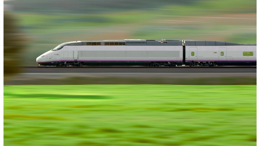Un tren de Renfe en el TAV