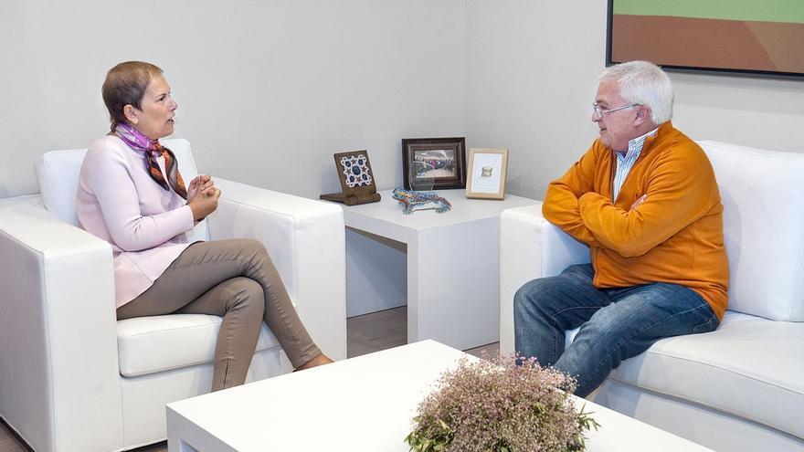 Uxue Barkos recibe al presidente de la Federación de Centros Navarros de Argentina