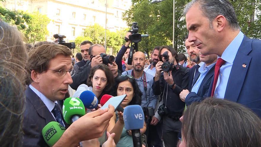 """Almeida reitera el 'no' del PP a reprobar a Ortega Smith: """"No nos vamos a acomplejar frente a la izquierda"""""""