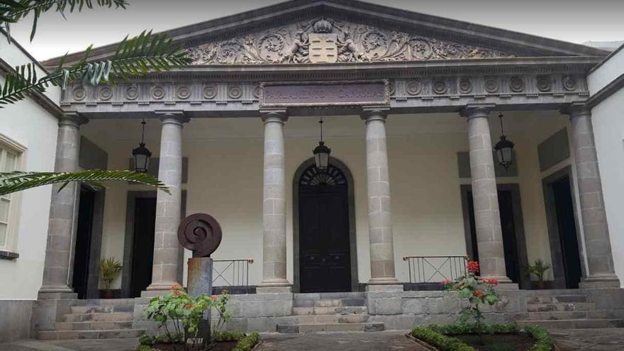 Sede del Parlamento de Canarias en la calle Teobaldo Power de Santa Cruz de Tenerife.