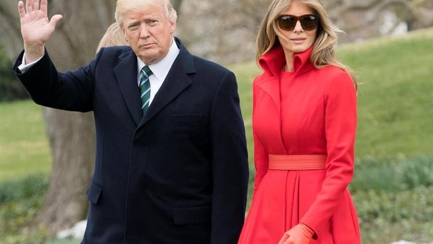 """Trump vuelve a Florida para quinto fin de semana en su """"Casa Blanca del Sur"""""""