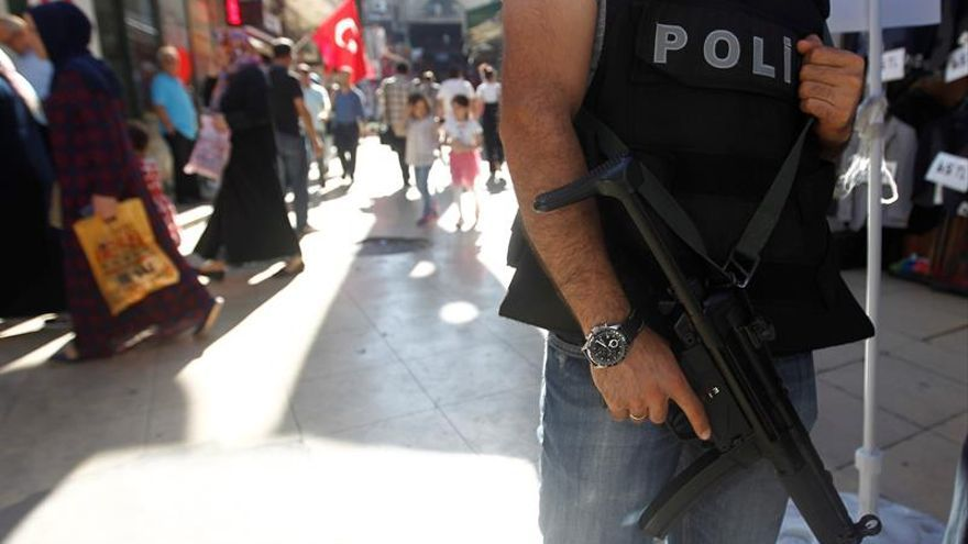 Abatido un supuesto terrorista en Antalya, el principal balneario de Turquía