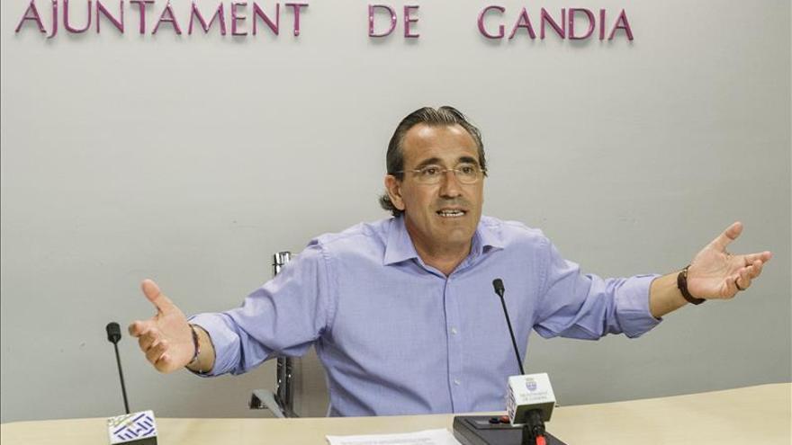 El Ayuntamiento de Gandia defiende la contratación con De Pedro por su valía