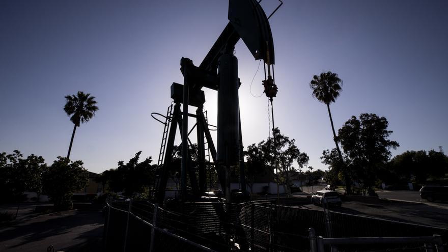 El petróleo Texas baja un 0,26 % por dudas sobre la demanda y temor al exceso de oferta