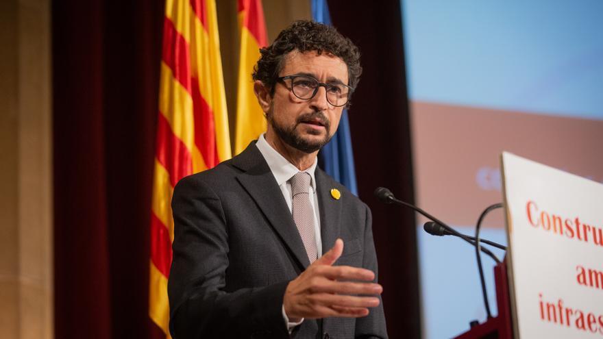El conseller de Territorio y Sostenibilidad de la Generalitat, Damià Calvet, este jueves en la sede de Foment del Treball