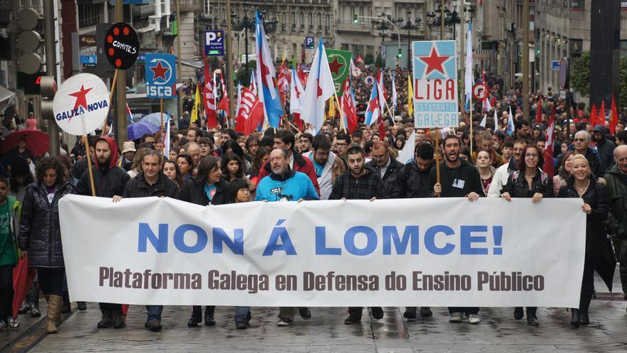 Cabecera de la manifestación en Vigo