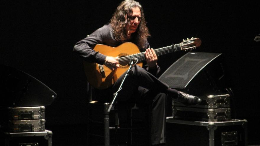 Este jueves, el poeta Julio Alfredo Egea y el guitarrista 'Tomatito' serán homenajeados por el IEA