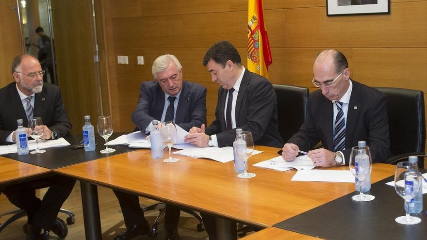 """Xunta de Galicia cree que los deberes """"refuerzan"""" la """"responsabilidad"""" pero defiende que los niños tengan """"tiempo libre"""""""