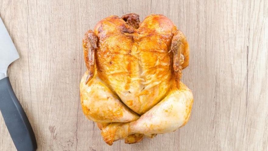Un pollo asado en hora valle
