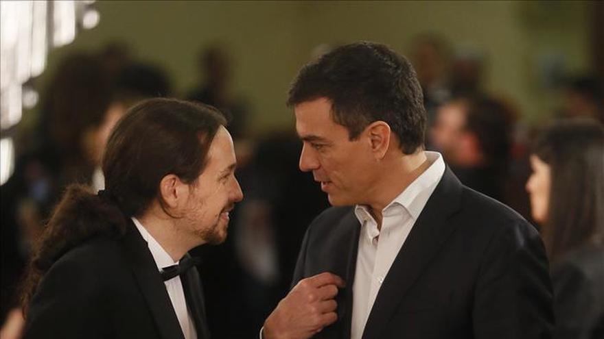 Pablo Iglesias y Pedro Sánchez, en los Goya.