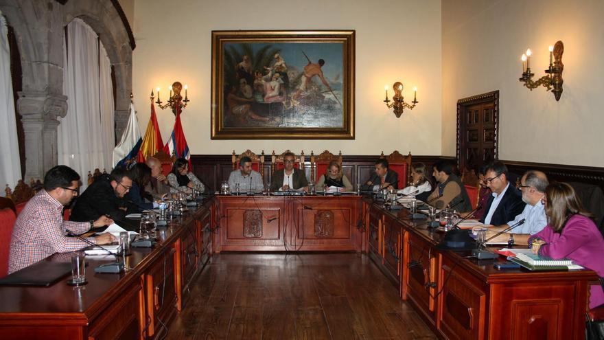 Imagen de archivo del pleno del Ayuntamiento de Santa Cruz de La Palma.